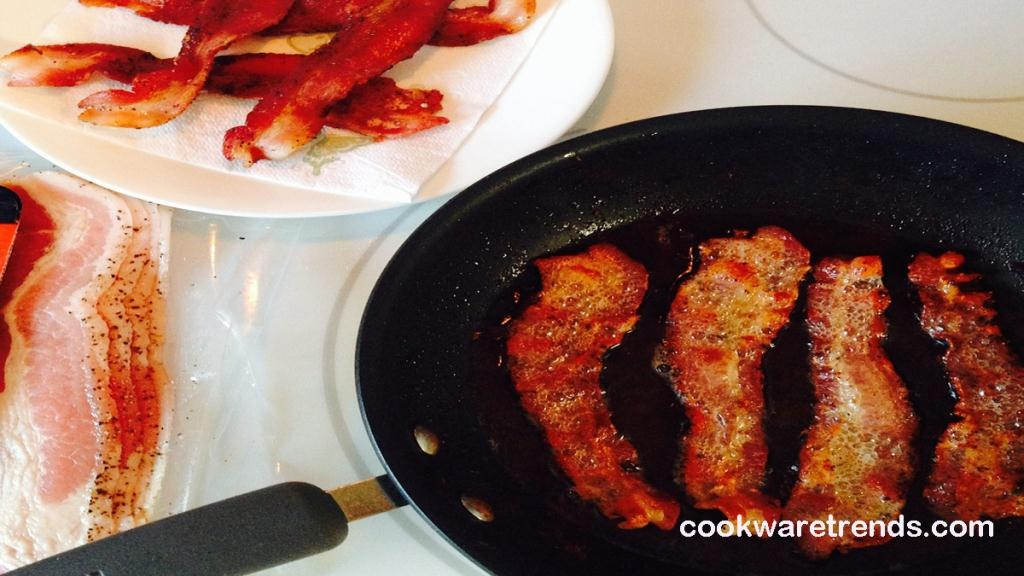 best-pan-for-frying-bacon