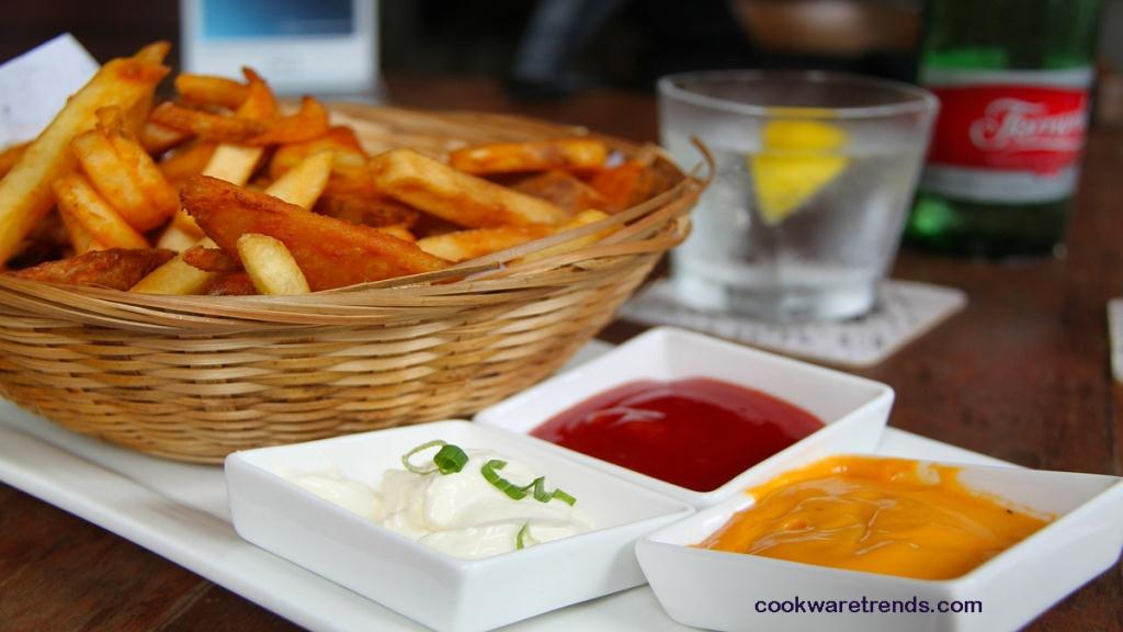 How-to-use-an-air-fryer-for-fries-1